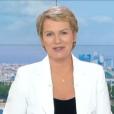 La journaliste Elise Lucet fait ses adieux au JT de France 2, le vendredi 29 avril 2016.