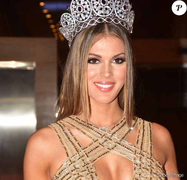 "Iris Mittenaere, Miss Univers 2016, Miss France 2016 à la réception ""Miss Diva 2017"" à Bombay, Inde le 11 octobre 2017.  Miss Universe 2016 Iris Mittenaere present at the Red carpet of Miss Diva 2017 finale at hotel Sahara Star in Mumbai11/10/2017 - Bombay"