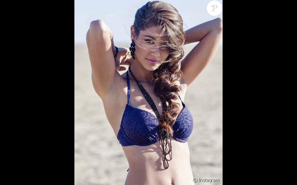 Aurore Kichenin (22 ans), 1e dauphine de Miss France 2017 et représentante de la France au concours Miss Monde 2017.