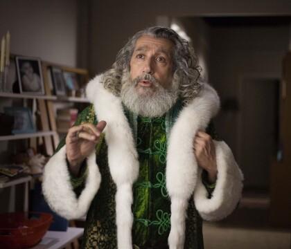 """Alain Chabat a confié un drôle de rôle à sa fille Louise dans """"Santa & Cie"""""""