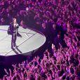 Exclusif - Entree de Johnny Hallyday dans la foule lors de son premier concert au POPB de Bercy a Paris. Le 14 juin 2013