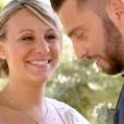 """""""Caroline et Raphaël se sont mariés dans l'émission """"Mariés au premier regard"""" sur M6. Le 13 novembre 2017."""""""