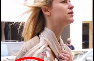Quand Claire Danes fait admirer... sa très belle bague de fiançailles !