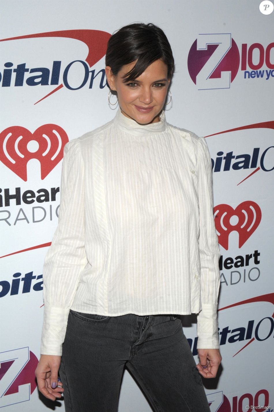 Katie Holmes à la soirée Z100's Jingle Ball sur Madison Square Garden à New York, le 8 décembre 2017