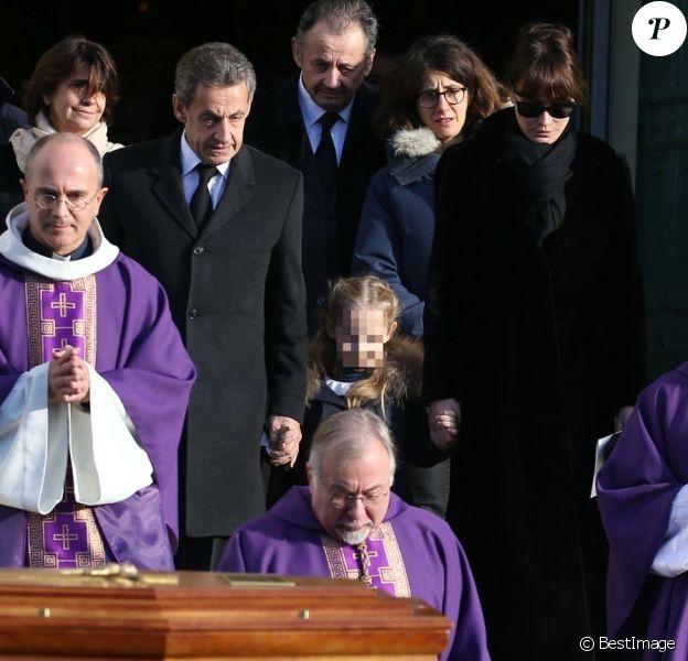 Nicolas Sarkozy avec Carla et Giulia - Sortie des obsèques de Andrée Sarkozy (mère de Nicolas Sarkozy), dite Dadue née Andrée Mallah, en l'église Saint-Jean-Baptiste à Neuilly-Sur-Seine, le 18 décembre 2017.