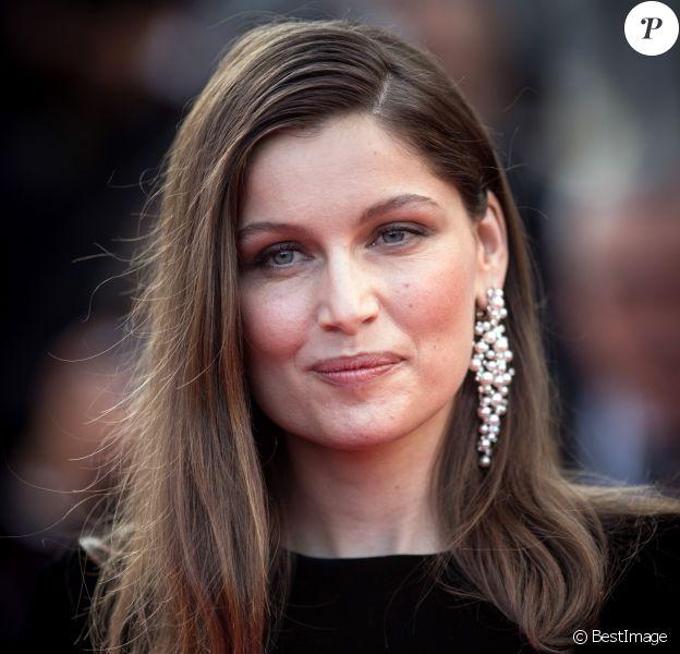 """Laetitia Casta - Montée des marches du film """"The Meyerowitz Stories"""" lors du 70e Festival International du Film de Cannes. Le 21 mai 2017. © Borde-Jacovides-Moreau / Bestimage"""