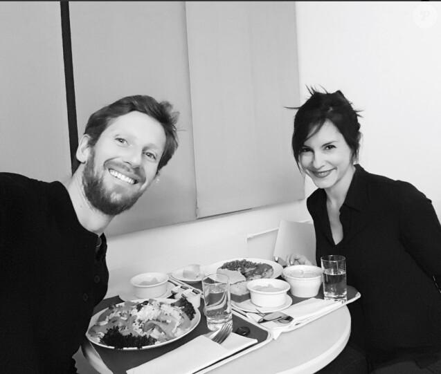 Marion Jollès-Grosjean et Romain en amoureux à la maternité, 1er janvier 2018