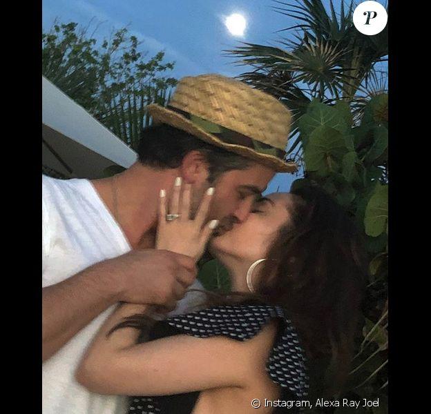 Alexa Ray Joel et son fiancé Ryan Gleason. Janvier 2018.