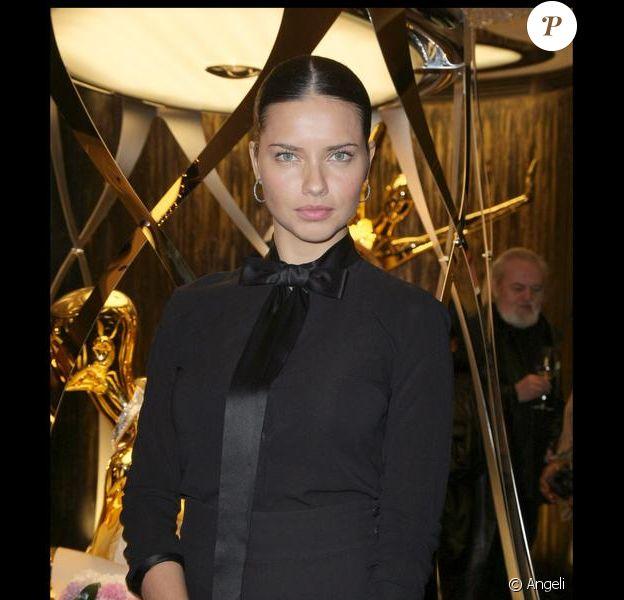 Adriana Lima désormais madame Jaric à la soirée Cavalli pour l'ouverture de la nouvelle boutique à Paris samedi soir