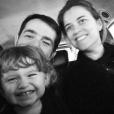 Jean-François Piège et sa petite famille souhiatent une bonne année aux internautes. Janvier 2018.
