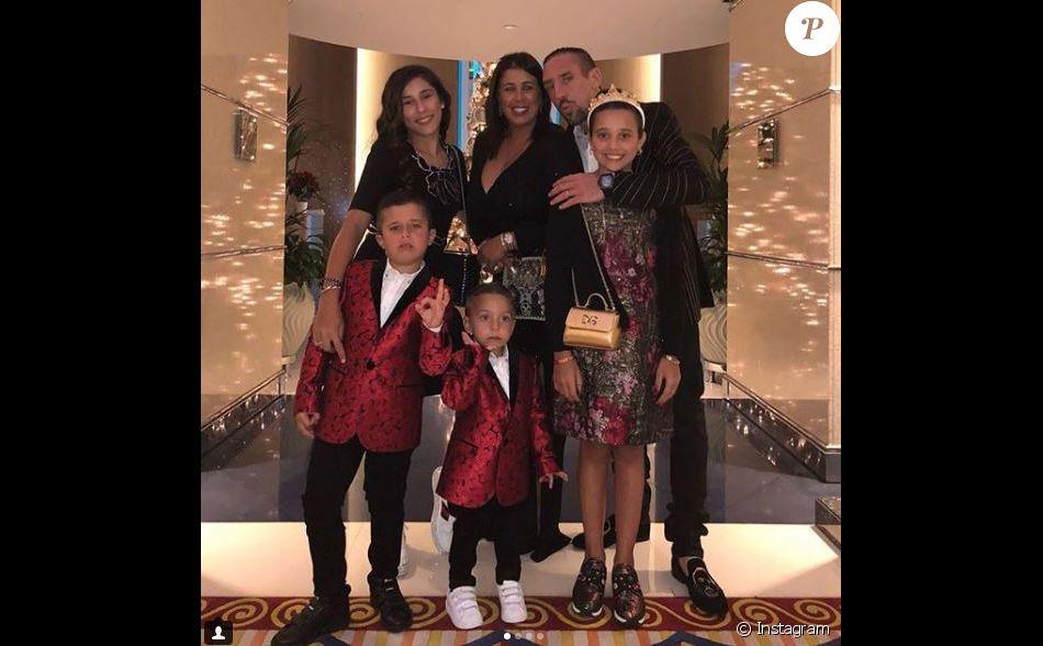 Franck Ribéry en famille pour les fêtes de fin d'année, à Dubaï. Photo publiée sur Instagram, le 31 décembre 2017.