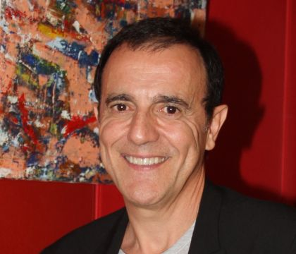 "Thierry Beccaro, un enfant battu : ""Il a cherché à enfouir un terrible secret"""