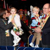 Jacques et Gabriella de Monaco : 1re fois au cirque avec Stéphanie et Albert !