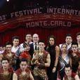 Le prince Albert II de Monaco et la princesse Stéphanie de Monaco remettent un Clown d'Or à la Troupe Acrobatique de Shangai lors de la soirée de remise des prix du 42ème Festival International du Cirque de Monte Carlo le 23 janvier 2018. © Claudia Albuquerque/Bestimage