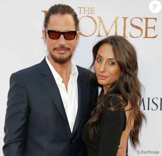"""Chris Cornell et sa femme Vicky Karayiannis lors de la première """"The Promise"""" à Hollywood, le 12 avril 2017. © CPA/Bestimage"""