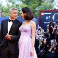 George Clooney et sa femme Amal Clooney (Alamuddin) arrivent à la première du film Suburbicon lors du 74ème Festival International du Film de Venise (Mostra) le 2 septembre 2017.