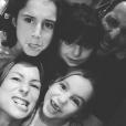 Jennifer Lauret et ses filles Shaana (10 ans), Anna (7 ans) et Nell (5 ans), nées de son union avec Patrick Sorrentino.