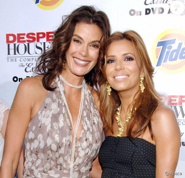 Teri Hatcher et Eva Longoria, très complices, en août 2008 lors du lancement de l'édition spécial de la saison 2 en dvd