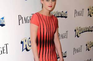 Kristen Stewart et ses jambes interminables... ne laissent pas indifférent Ryan Reynolds ! Regardez !