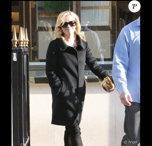 Reese Witherspoon avenue Montaigne à Paris lundi 16 mars