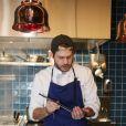 """Exclusif - Alessandro Belmondo - Alessandro Belmondo, le fils de P. et L. Belmondo est chef cuisinier dans le nouveau restaurant """"Il Cara Rosso"""" dont c'est l'inauguration ce jour, à Saint-Cloud le 31 janvier 2018. © Denis Guignebourg/Bestimage"""
