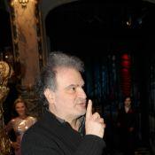 Raphaël Mezrahi : Son spectacle pas ouvert à tous ? Il s'exprime !