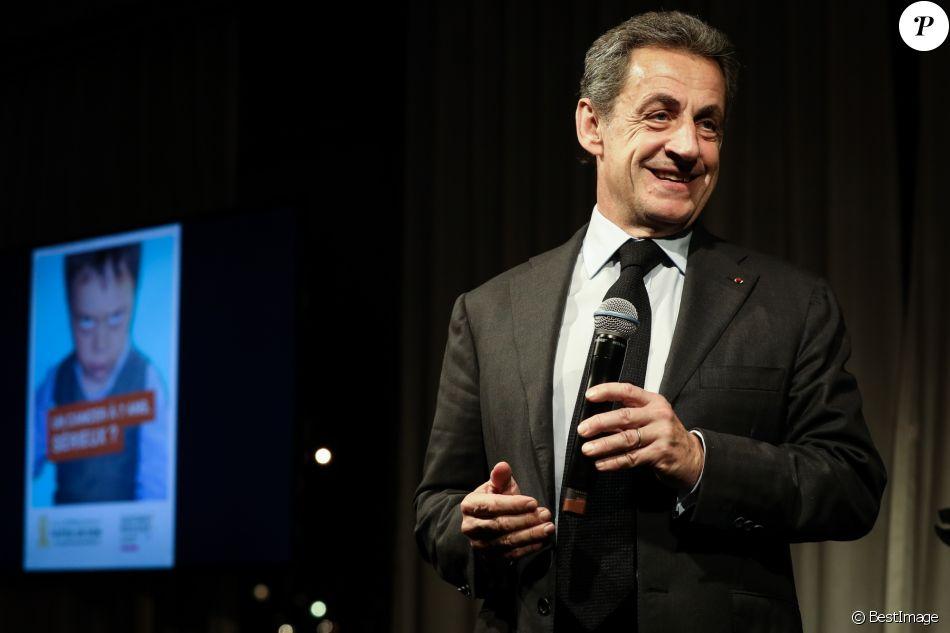 """Semi-exclusif - Nicolas Sarkozy - Vente aux enchères au profit de la campagne """"Guérir le cancer de l'enfant"""" au Pavillon Ledoyen à Paris le 13 février 2018. L'intégralité des dons effectués à l'occasion de cette soirée ira au profit de la campagne """"Guérir le cancer de l'enfant au 21ème siècle de la Fondation Gustave Roussy"""". F. Lemos, le père du petit Noé décédé il y a quatre ans d'un cancer du cerveau, avait fait afficher le visage de son fils sur la Tour Montparnasse pour tout le mois de septembre. Depuis, son combat est devenu cette grande campagne dont N. Sarkozy est le parrain cette année. © Cyril Moreau/Bestimage"""