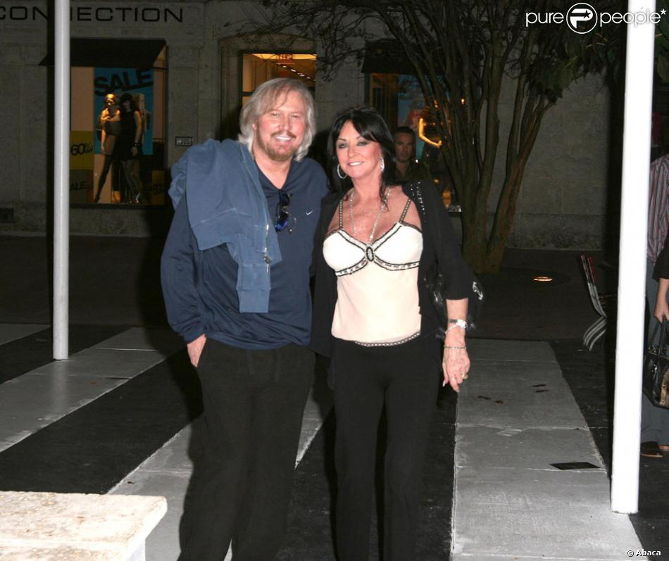 Barry Gibb Des Bee Gees Et Sa Femme Linda Purepeople