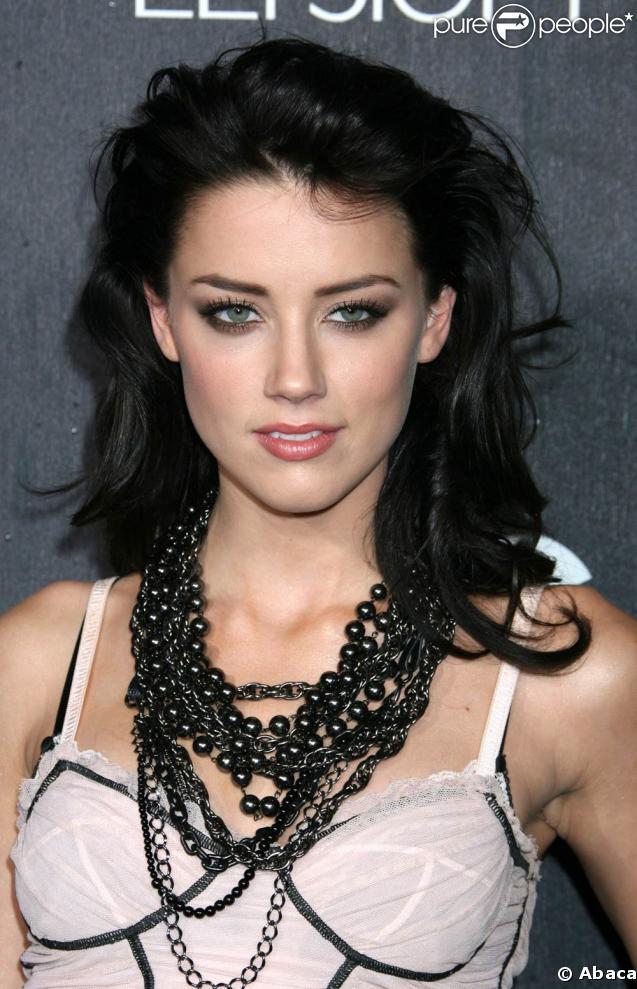 La très jolie Amber Heard... (soupirs)