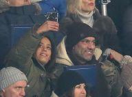 Amel Bent : Blottie contre son mari, supportrice rieuse et déchaînée du PSG !
