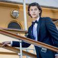 Le prince Nikolai de Danemark le 28 août 2017 à Copenhague, embarquant à bord du yacht royal Dannebrog pour fêter son 18e anniversaire.