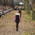 """Kaia Gerber - Défilé de mode """"Chanel"""", collection prêt-à-porter automne-hiver 2018/2019, au Grand Palais à Paris. Le 6 mars 2018"""