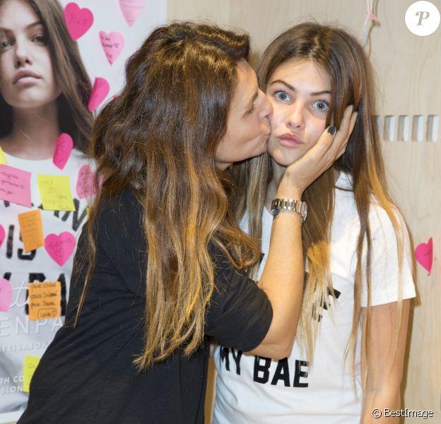 """Exclusif - Véronika Loubry soutient sa fille Thylane Blondeau pour le lancement de la collection """"Thylane"""" chez Elevenparis le 4 novembre 2015."""