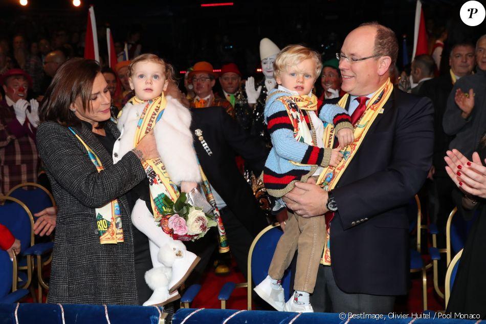 La princesse Stéphanie de Monaco, la princesse Gabriella, le prince Jacques, le prince Albert II lors de la 4e représentation du 42e Festival International du Cirque de Monte-Carlo le 21 janvier 2018. © Olivier Huitel / Pool Monaco / Bestimage