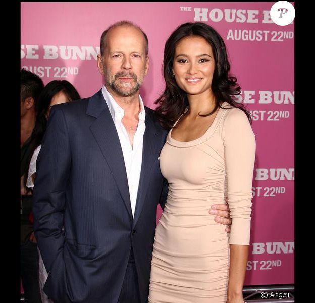 """Bruce Willis et Emma Heming le 20/08/2008 à la première de """"House Bunny"""""""