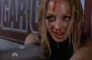 Quand Nicole Richie se prend une raclée par une jolie blonde ! Regardez !