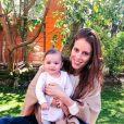 Jackie Chamoun pose avec sa fille Gaïa sur Instagram, le 1er avril 2018.