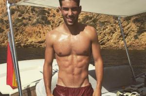 Zinédine Zidane : Son fils Luca torse nu et canon dans les vestiaires