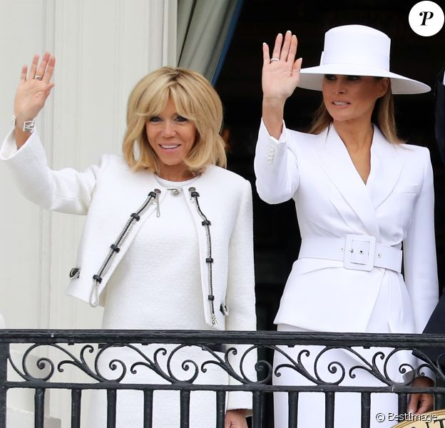La Première Dame américaine Melania Trump et la Première Dame française Brigitte Macron (Trogneux) - Le couple présidentiel américain accueille le couple présidentiel français à la Maison Blanche à Washington, le 24 avril 2018. © Dominique Jacovides/Bestimage