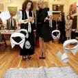 """Brigitte Macron visite l'association artistique """"Halcyon Arts Lab"""" à Washington, le 25 avril 2018. © Dominique Jacovides/Bestimage"""