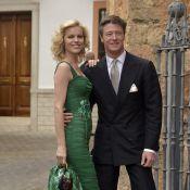 """Eva Herzigova bientôt mariée : """"Je voudrais me marier à la mairie"""" !"""
