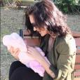 Julia Paredes est aux anges depuis qu'elle est maman. Avril-mai 2017.