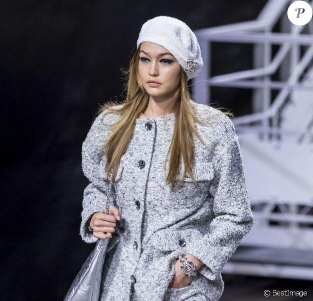 Gigi Hadid au défilé croisière de Chanel, à Paris, le 3 mai 2018.