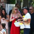 Melanie Griffith et Roselyn Sanchez - Baby shower de Eva Longoria à The Lombardi House à Los Angeles, le 5 mai 2018