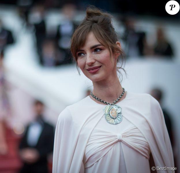 """Louise Bourgoin - Montée des marches du film """" Yomeddine """" lors du 71ème Festival International du Film de Cannes. Le 9 mai 2018 © Borde-Jacovides-Moreau/Bestimage"""