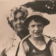 Benjamin Castaldi avec sa grand-mère Simone Signoret sur une ancienne photo, publiée le 16 mai 2018 sur Instagram