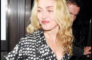 Malgré le refus d'adoption, Madonna tente de garder le sourire...