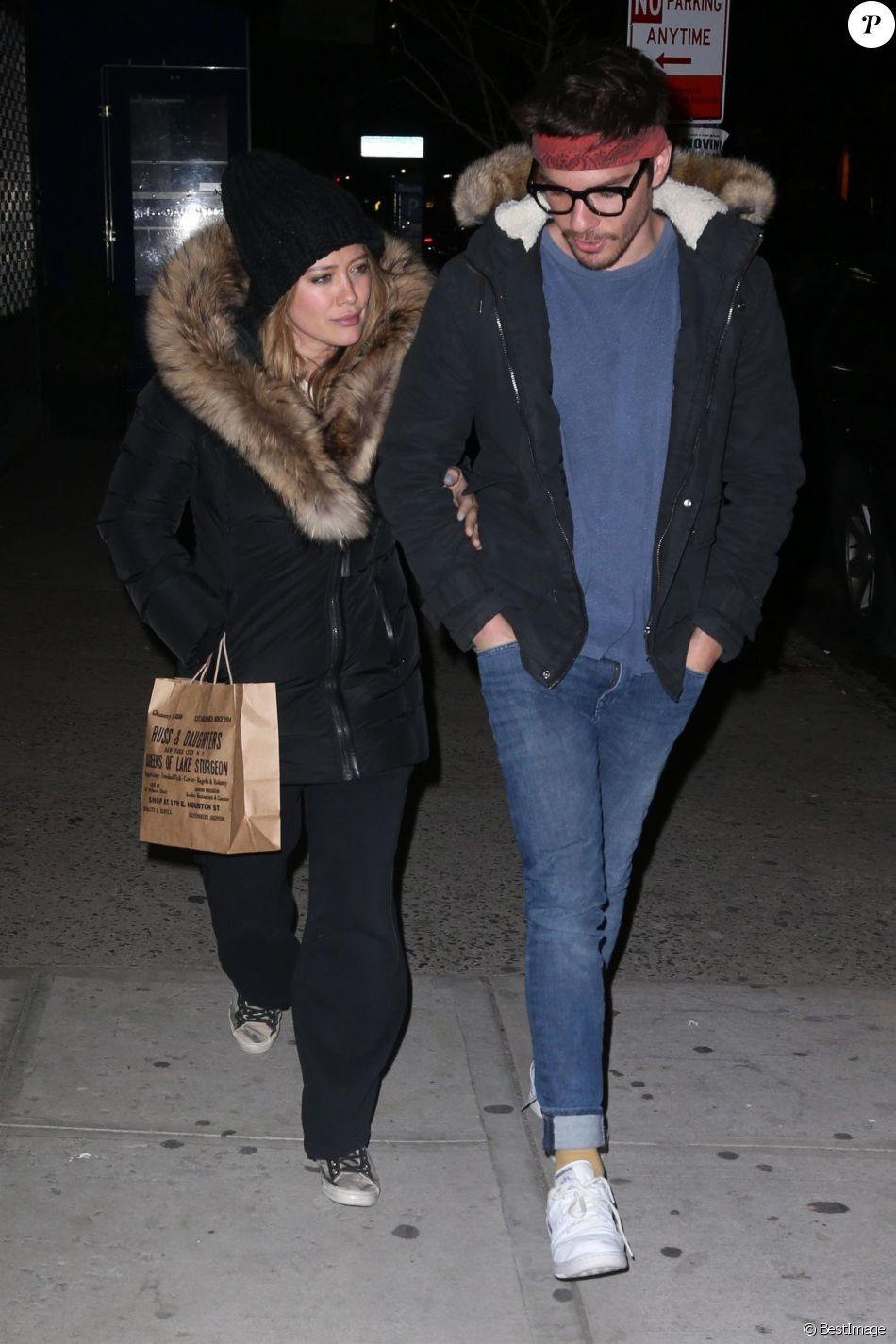 Exclusif - Hilary Duff et son compagnon Matthew Koma sont allés diner en amoureux au restaurant Russ & Daughters à New York, le 10 avril 2018