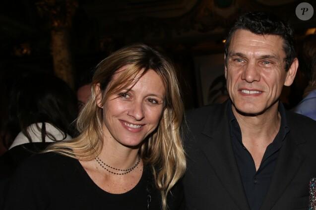 Semi Exclusif - Sarah et Marc Lavoine - Le chanteur Marc Lavoine inaugure sa statue de cire au Musée Grévin à Paris le 1er février 2016. © Denis Guignebourg/Bestimage