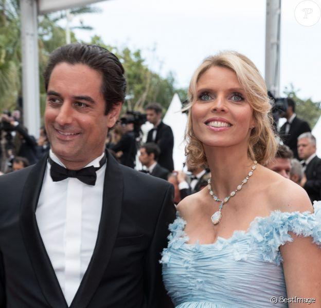 """Sylvie Tellier (enceinte) et son mari Laurent - Montée des marches du film """"Plaire, aimer et courir vite"""" lors du 71ème Festival International du Film de Cannes. Le 10 mai 2018 © Borde-Jacovides-Moreau/Bestimage"""
